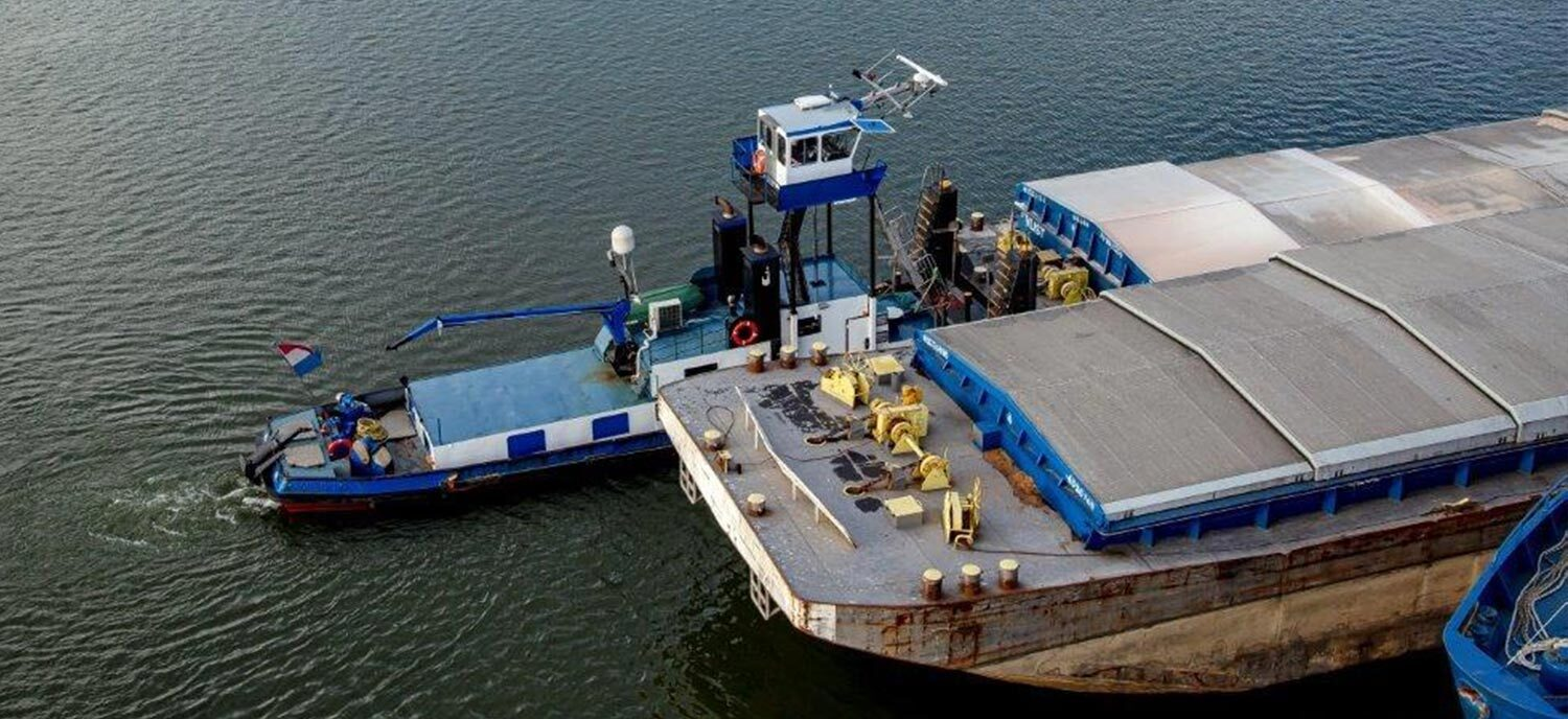Barge operator Rederij de Jong strengthens competitive power with Simply Deliver